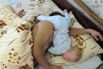 Смешные фотографии спящих малышей. Вы обязаны это увидеть!