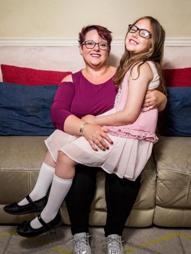 Женщина кормила грудью свою дочь до 9 лет и вот как она объяснила это