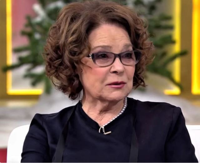 Ларисе Голубкиной - 80 лет. Как сейчас живёт советская актриса, которая по сей день верна Андрею Миронову