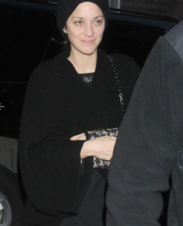 Как выглядит непревзойденная Марион Котийяр без фотошопа и макияжа