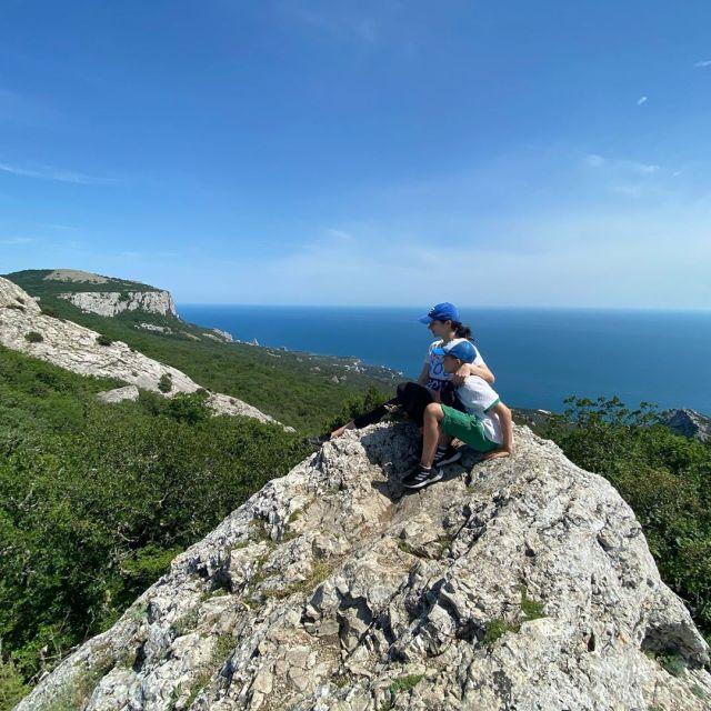 «Без фильтров и макияжа»: Марина Александрова поделилась честными фото с отдыха в Крыму