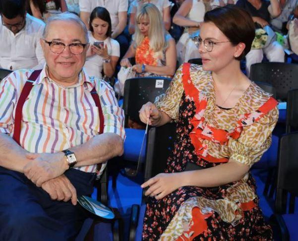 В Сети обсудили Татьяну Брухунову, примерившую «траурное» платье