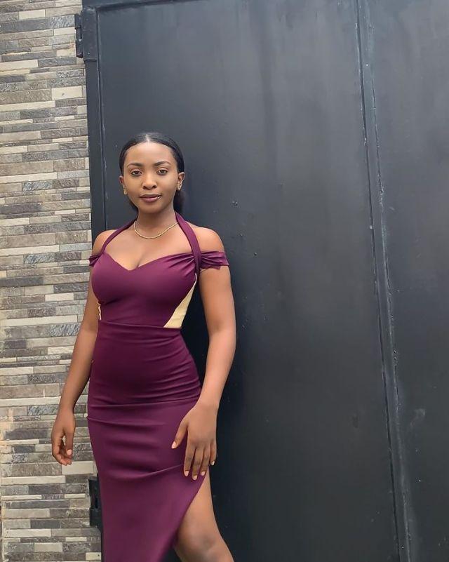 Девушка из Нигерии создает платья-трансформеры, которые можно носить в разных вариациях