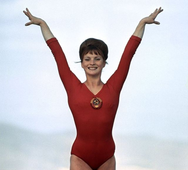 Спортсменки, комсомолки и просто красавицы - самые привлекательные советские атлетки