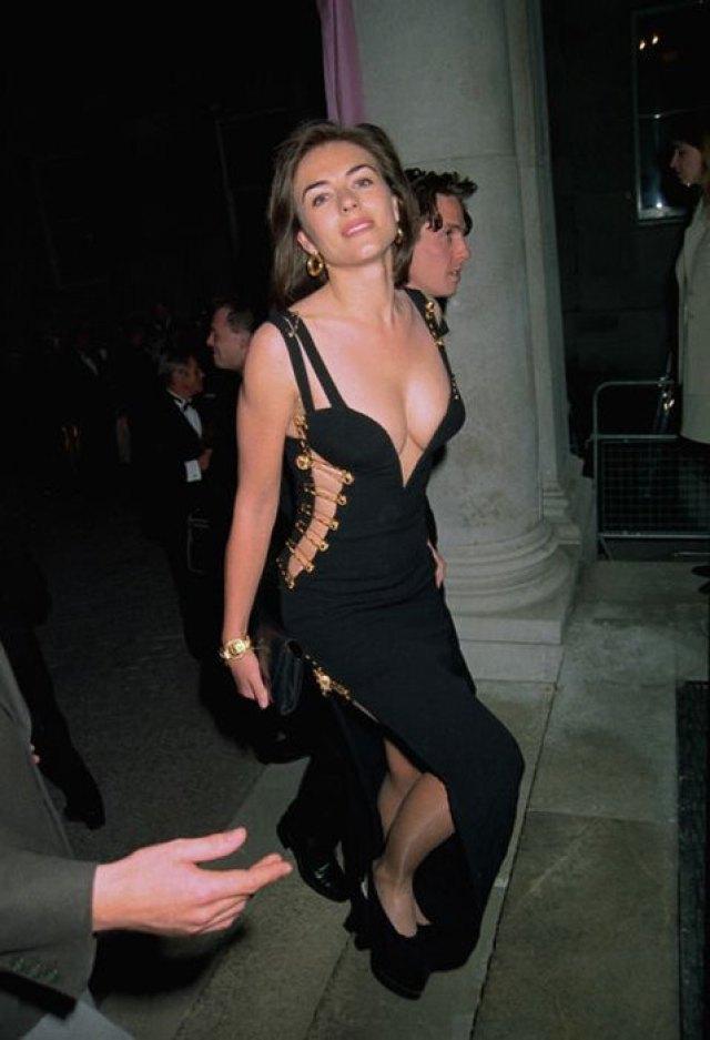 Забыли одеться? Топ-10 скандальных платьев из мира кино