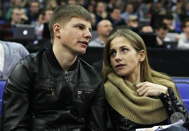 """""""Я ей дал шанс быть звездой"""": Аршавин рассказал, как изменял Барановской"""