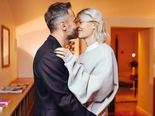 """""""Фриске даже рядом не стояла"""": В сети расхвалили фото Шепелева и красавицу жену"""