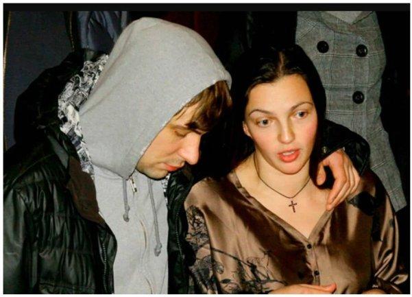 Похудела и постарела. Как выглядит Леонова спустя шесть лет развода с Цыгановым