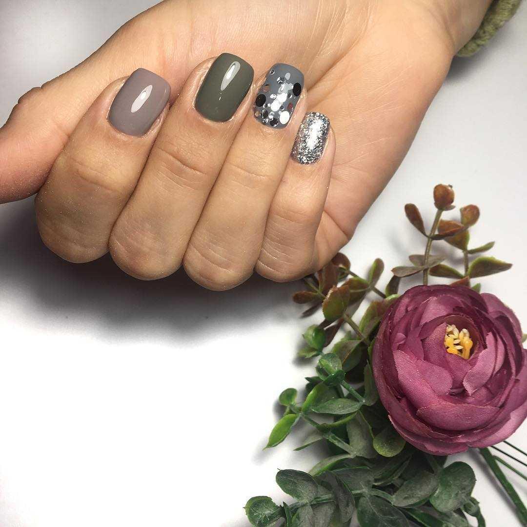 дизайн ногтей с камифубиками ромбами 2