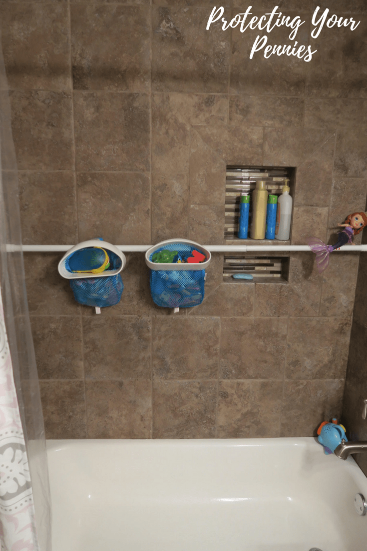 Clean tub using toy organizer
