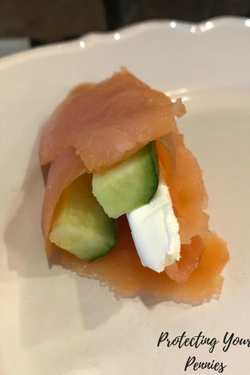 Keto THM S Low Carb Smoked Salmon Lunch