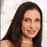 Foto do perfil de Dra. Adriana