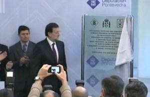 Descubriendo una placa en Pontevedra
