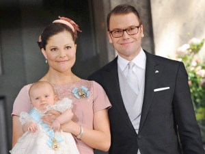 Princesas Victoria y Estelle de Suecia