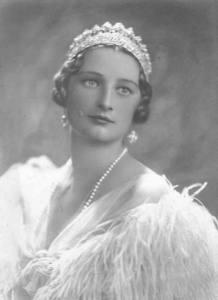 Astrid de Suecia, Reina de Bélgica