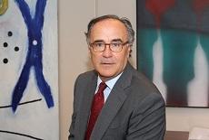 Ilmo. Sr. Director de Comunicación de la Casa de SM D. Javier Ayuso Canals