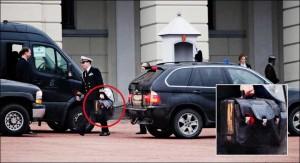 Obama y el maletín