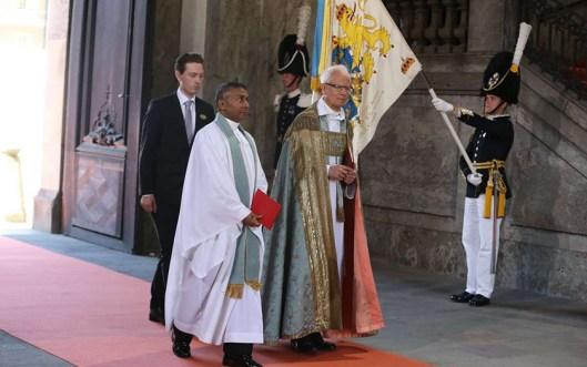 Será oficiada por Lars-Göran Lönnemark, obispo emérito, y Michael Bjerkhagen, Capellán de la Corte