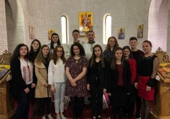 """Grupul vocal """"Oremus"""" al Seminarului Teologic Cluj-Napoca, prezent în Parohia Sfântul Nectarie"""