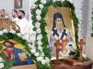 """Sute de credincioși s-au rugat în Biserica ,,Sfântul Nectarie"""" din Dej"""