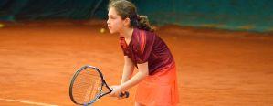 Kryty kort tenisowy