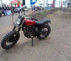 Scorpio Z modifikasi di Slidetober Fest kerjasama Yamaha dan Deus ex Machina Indonesia-
