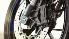 2014-Yamaha-YZF-R125-EU-Race-Blu-Detail-007