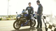 2014-Yamaha-YZF-R125-EU-Race-Blu-Static-006