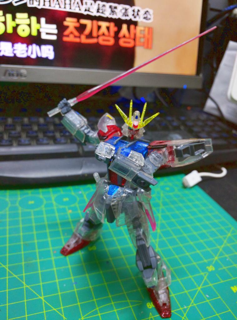 HGBF Build Strike Gundam Full Package - PP透明版