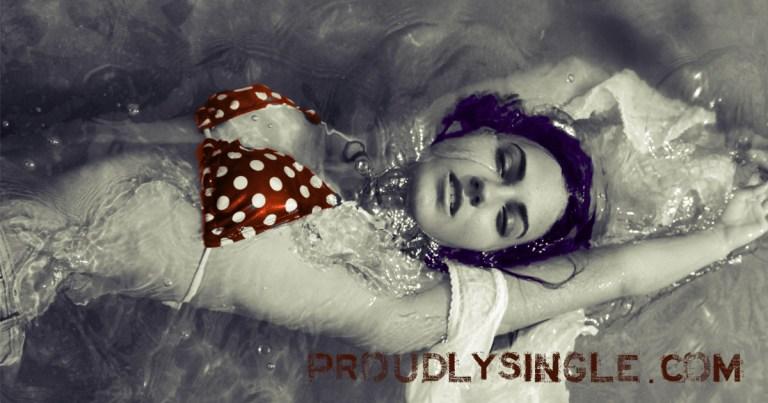 lua-valentia-proudly-single-woman-polkadot-bikini-PS