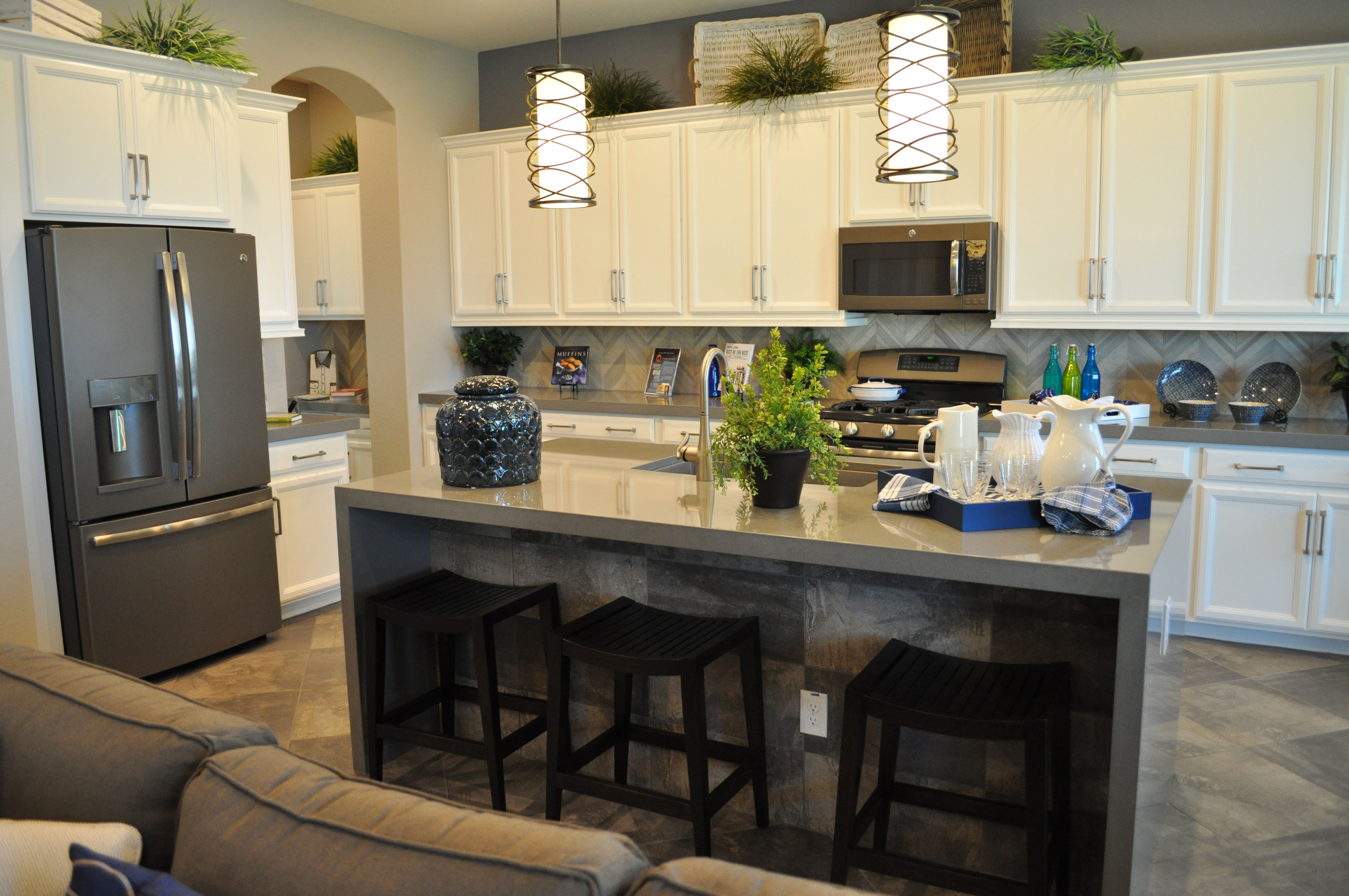 GE's new slate finish offers many advantages on Kitchen  id=61972