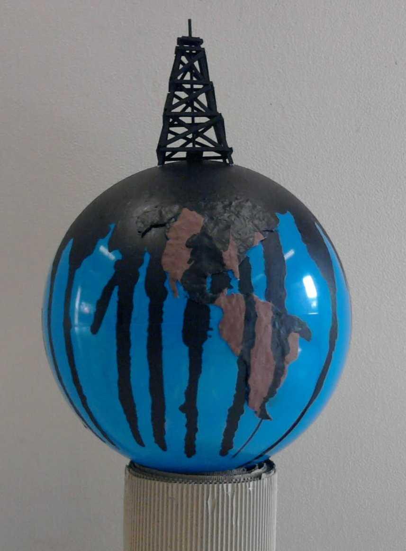 planeta-manchado-petroleo_web