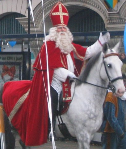 Sinterklaas came early this year... (1/4)