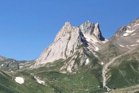 Pyramide Calcaire Cresta Nord Est