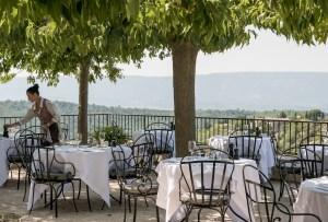 Gordes terrace2