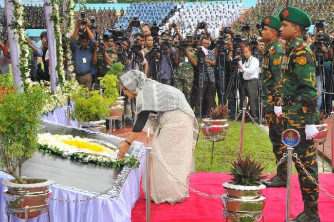 バングラデシュ 追悼式