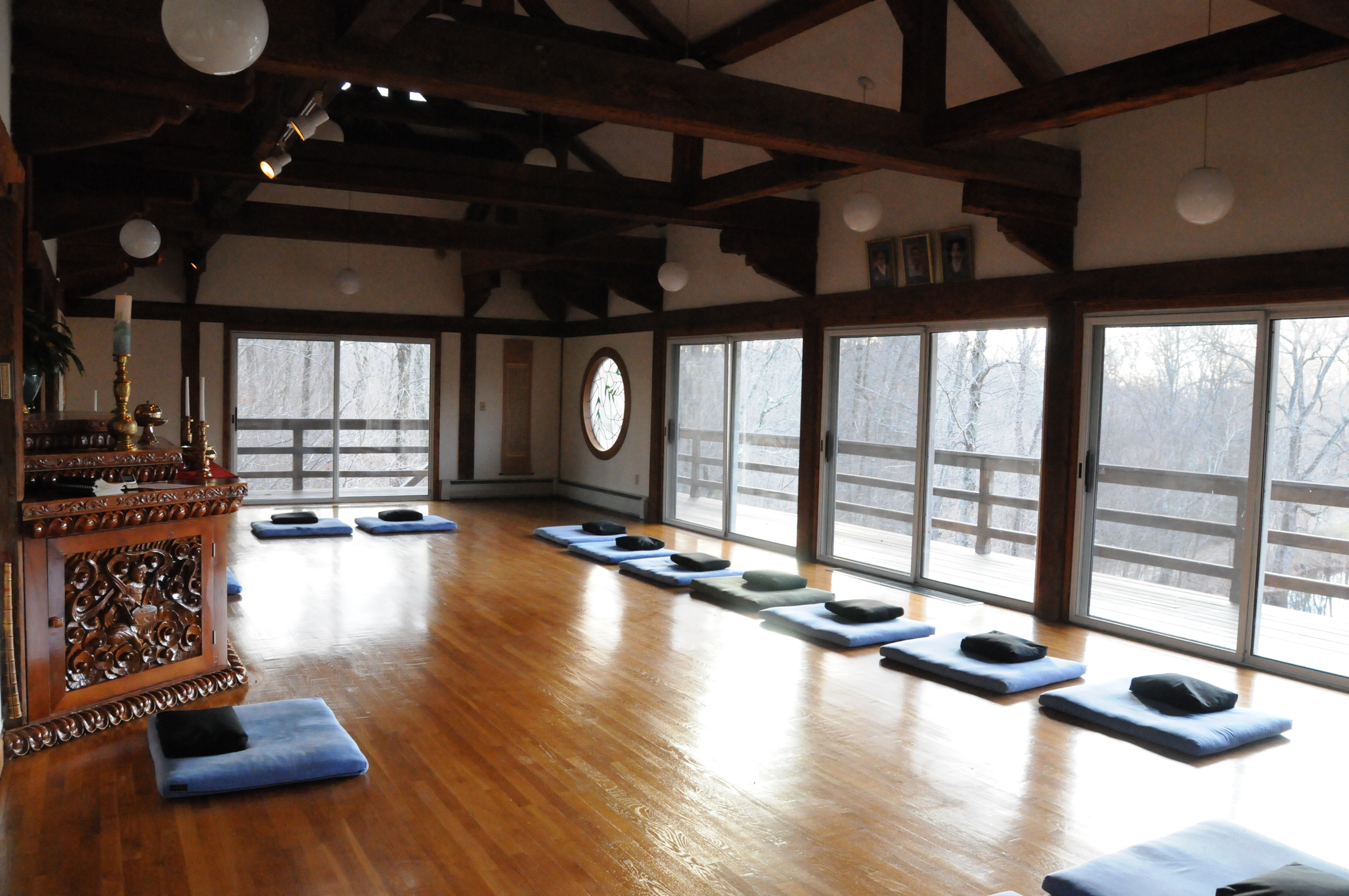 Group and event rentals providence zen center for Rent a center living room groups