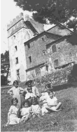 La torre era meta di scampagnate in occasione di varie feste (Pasquetta, Ferragosto, Ascensione),