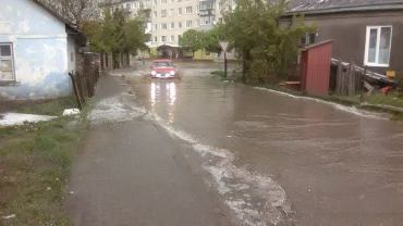 У Чорткові знову був дощ, який перетворив місто на Венецію