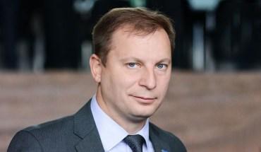 Критичне інтерв'ю зі Степаном Барною