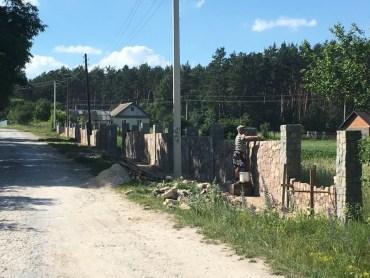 Ментальна прірва між українцями та поляками в одному фото
