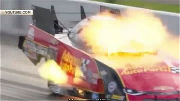 У США гонщиця ледь не згоріла на швидкості 530 км/год