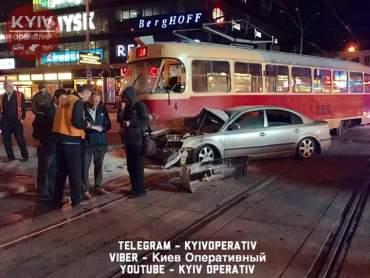 Нардеп Барна потрапив у лікарню після ДТП з трамваєм