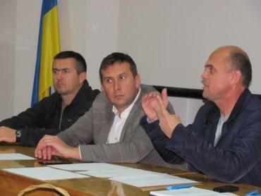 У курятнику Заставного розсмішили: вирішують, де відбудеться матч Ліги Чемпіонів Тернопільщині