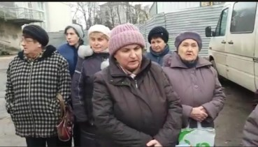 """Тернополяни обурені: тітушки під """"Березолем"""" розвели свинюшник"""