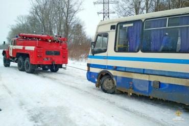 """У Чорткові врятували рейсовий автобус """"Борщів-Тернопіль"""""""