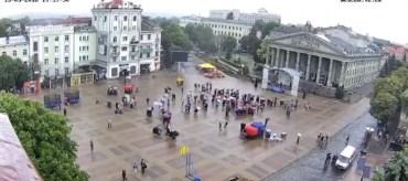 У Тернополі дощ розігнав противників геїв, лесбіянок та політичних проституток