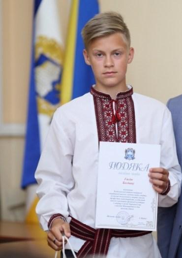 Тернопільські веслувальники здобули три срібні медалі у Хмельницькому