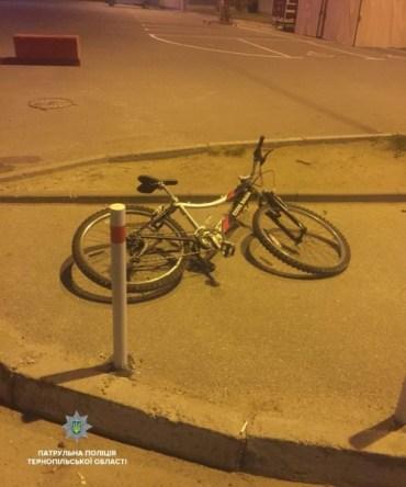 Патрульні спіймали злодія на краденому велосипеді та ще й з наркотиками