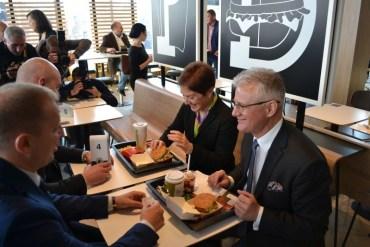 У Тернополі вдруге відкрили McDonald's